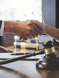 Reasons to hire an LLC formation attorney